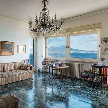 Отели и апартаменты Неаполя