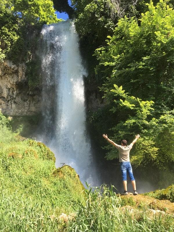 водопады эдессы